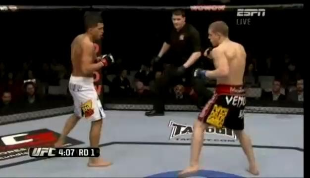 Assistir luta de Anthony Pettis vs Joe Lauzon UFC 144, vídeo
